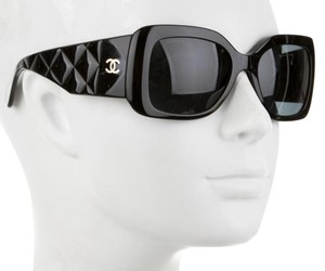 Chanel Black acetate Chanel gold-tone Interlocking CC quilted sunglasses