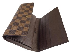 Louis Vuitton LOUIS VUITTON Damier International Wallet