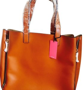 JustFab Tote in tobacco