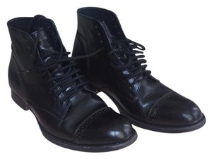 Esquivel Lace Black Boots
