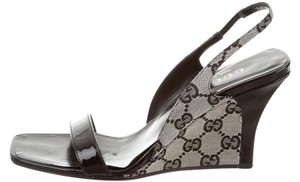 Gucci Peep Toe Monogram Gg Web Black, Beige Sandals