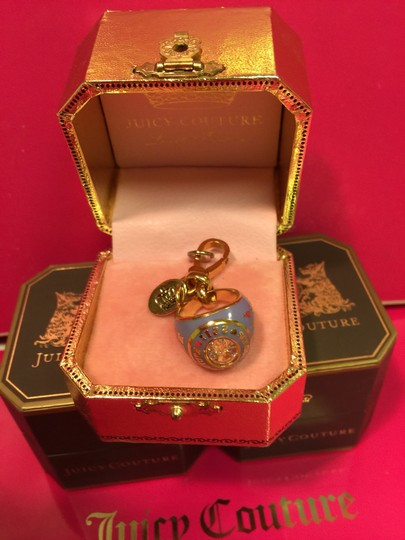 Juicy Couture JUICY COUTURE *RARE* 2011 BLUE CLASS RING LIMITED EDITION CHARM!! Image 2