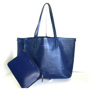 Marc Jacobs Mj Blue Tote in Navy Blue