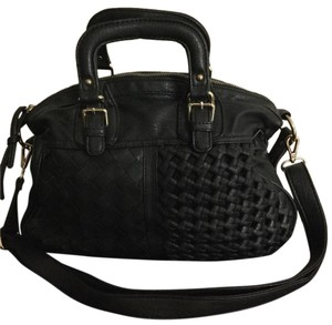 Urban Expressions Satchel in Black