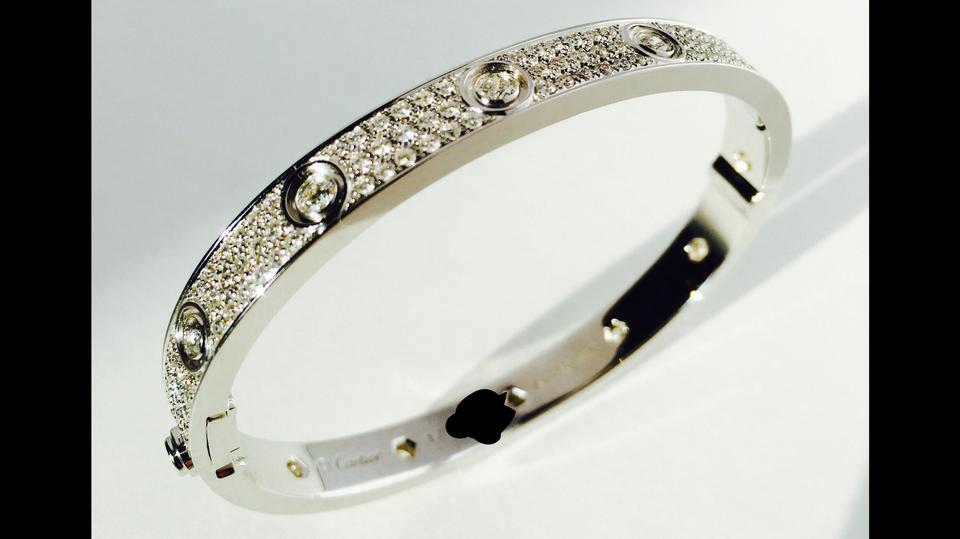 79ed1cfb05a4d3 Cartier 18k White Gold Love Paved with Diamonds Size 17 Bracelet Image 0 ...