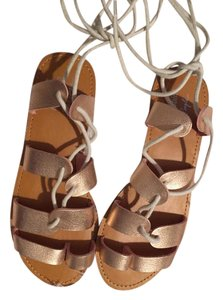 Farylrobin Rose Flat Gold Sandals