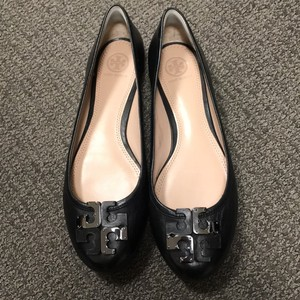 Tory Burch black and silver Flats