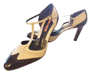 Via Spiga Round Toe Brown / Tan spectator Pumps