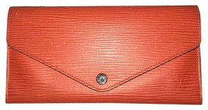 Louis Vuitton MOTHERS PRICE ENDS 5/14 ! LV Epi Wallet w/ Pouch Coin Wallet