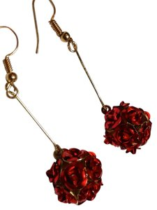 Other New Gold Tone Red Rose Drop Dangle Earrings 2 In. Long J3329