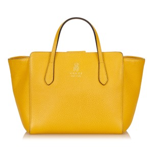 4f545554d65 Gucci 7cguto002 Tote in Yellow. Gucci. Swing Leather Yellow Tote Bag