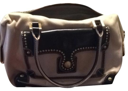 Preload https://item1.tradesy.com/images/maxx-new-york-shoulder-bag-tan-and-brown-2124325-0-0.jpg?width=440&height=440