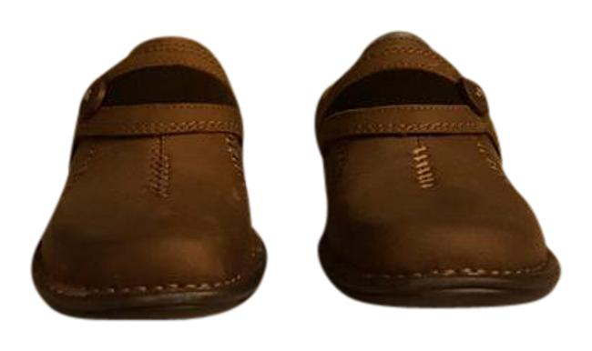 Item - Brown Leather Box Artisan Mill River New With Mules/Slides Size US 7 Regular (M, B)