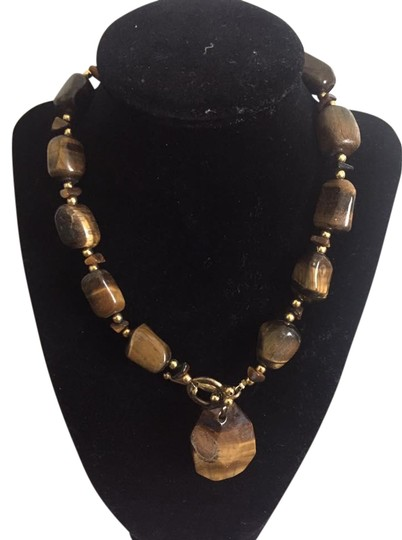Preload https://img-static.tradesy.com/item/21244285/tiger-s-eye-chunky-necklace-in-new-condition-0-1-540-540.jpg