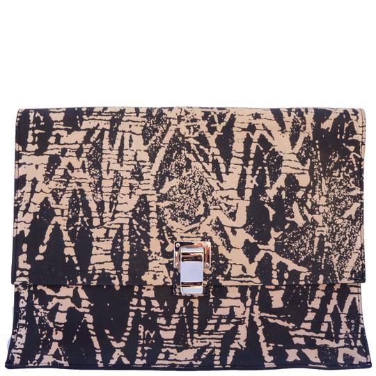 Preload https://img-static.tradesy.com/item/21244390/proenza-schouler-printed-lunch-black-leather-clutch-0-0-540-540.jpg