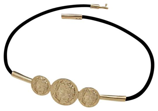 Preload https://img-static.tradesy.com/item/21244412/gold-new-triple-coin-accented-petite-size-belt-0-1-540-540.jpg