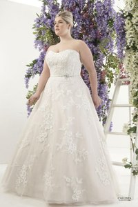 Callista Ivory Embroidered Lace On English Tulle London Formal Wedding Dress Size 18 (XL, Plus 0x)
