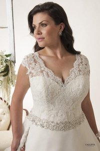 Callista Ivory Lace & Organza Orlando Formal Wedding Dress Size 18 (XL, Plus 0x)