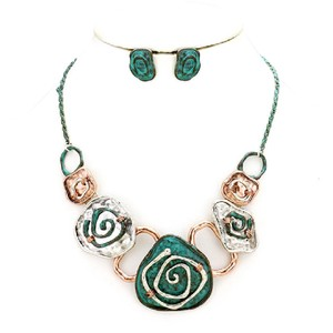 Other Hammered swirl metal link necklace Earrings set