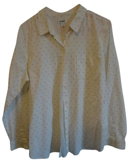 Preload https://img-static.tradesy.com/item/21245587/old-navy-white-with-black-dots-button-down-top-size-12-l-0-1-650-650.jpg