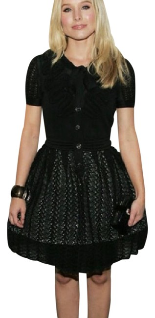 Preload https://img-static.tradesy.com/item/21245806/chanel-black-2010-springsummer-ready-to-wear-collection-mid-length-cocktail-dress-size-4-s-0-1-650-650.jpg
