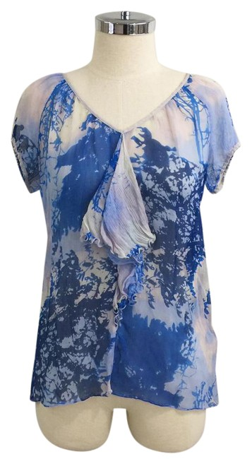 Preload https://img-static.tradesy.com/item/21245874/anthropologie-blue-silk-printed-ruffle-front-blouse-size-2-xs-0-1-650-650.jpg