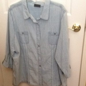 Avenue Button Down Shirt light blue denim