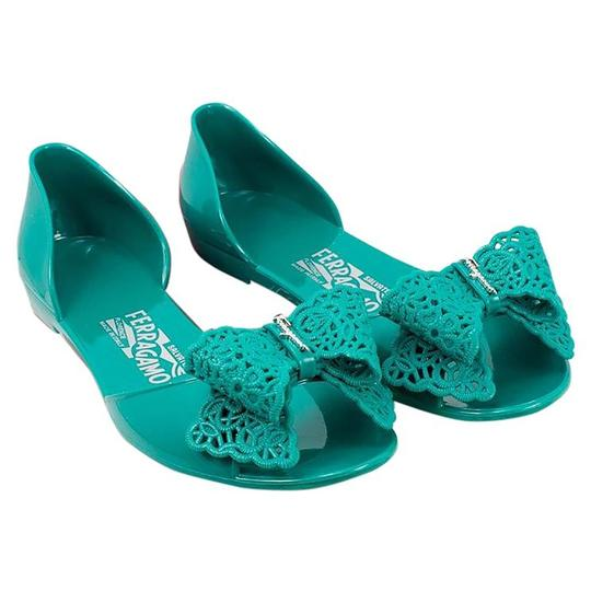 Preload https://img-static.tradesy.com/item/21246136/salvatore-ferragamo-verde-acqu-miscellan-preita-lace-bow-jelly-flat-m-sandals-size-us-10-regular-m-b-0-0-540-540.jpg