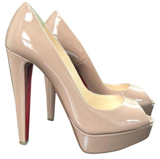 Preload https://img-static.tradesy.com/item/21246182/christian-louboutin-nude-altanana-peep-toe-patent-platform-stiletto-pumps-size-eu-395-approx-us-95-r-0-1-540-540.jpg