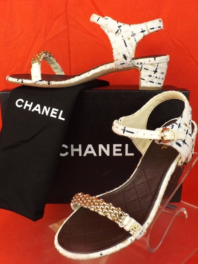 Chanel WHITE Pumps