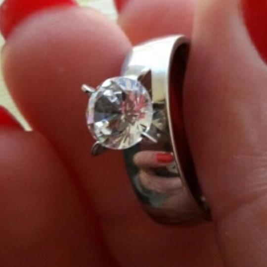 Other NWT 2 CTTW CZ Solitaire Diamond