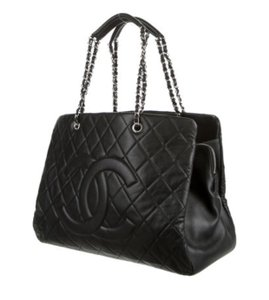 Chanel Gst Grand Shopping Timeless Cc Tote in Black