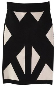 BCBGMAXAZRIA Skirt Black with white geometric pattern
