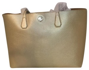 Tory Burch Tote in golden