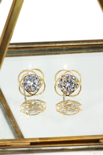 Ocean Drive Clothing Exquisite flower crystal gold earrings Image 1