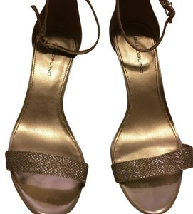 Bandolino Gold and sparkly Pumps