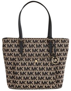 Michael Kors Tote in Black/Beige