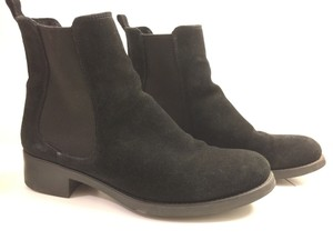 La Canadienne Chelsea Suede Waterproof Black Boots
