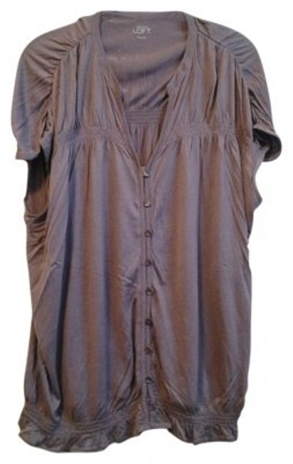 Preload https://item2.tradesy.com/images/ann-taylor-loft-mauve-ruched-detail-blouse-size-12-l-21251-0-0.jpg?width=400&height=650
