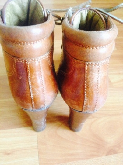 Michael Kors Tan Brown Boots