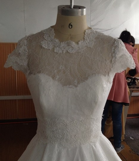 White Lace Sexy Sheer Cap Sleeve Top Size 6/8 Neck Hem Sleeve Detail Lace