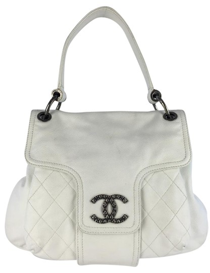 Preload https://item1.tradesy.com/images/chanel-hobo-leather-with-matching-wallet-white-caviar-hobo-bag-2125270-0-5.jpg?width=440&height=440
