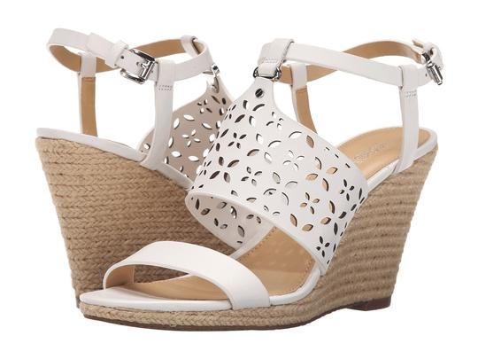 Preload https://img-static.tradesy.com/item/21252913/michael-michael-kors-white-darci-wedge-sandals-size-us-10-regular-m-b-0-0-540-540.jpg