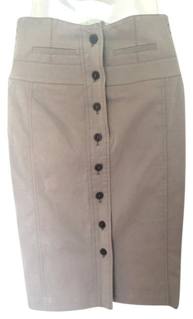 Preload https://img-static.tradesy.com/item/21253015/karen-millen-taupe-high-waisted-button-up-skirt-size-2-xs-26-0-1-650-650.jpg
