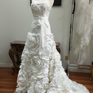 A Line Fitted Ruffle Floral Classic Wedding Dress Wedding Dress