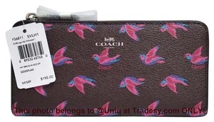 Coach NWT Beautiful Coach Happy Bird Zip Around Slim Accordion Wallet