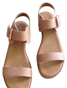 Mossimo Supply Co. Tan Sandals