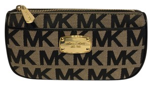 Michael Kors Michael Kors Jet Set Travel Cosmetic Case Signature MK Beige/Black