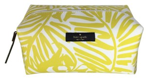 Kate Spade Kate Spade Grant Street Grainy Vinyl Medium Davie Cosmetic Case
