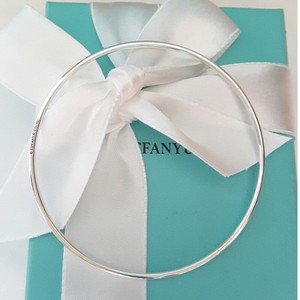Tiffany & Co. Tiffany & Co. Solid Sterling silver loop hoop bangle bracelet